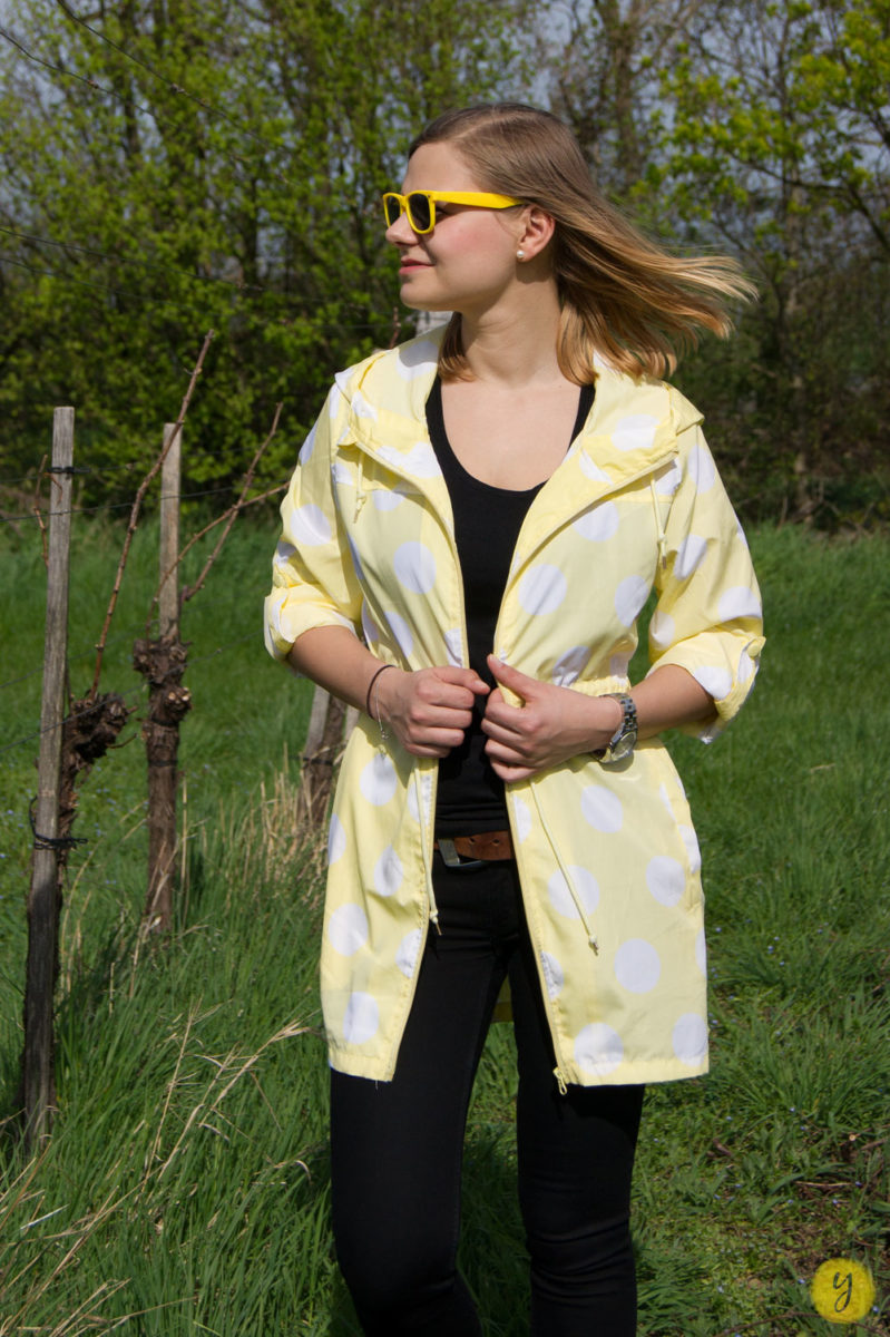 yellowgirl_Regenmantel_Outfit_4