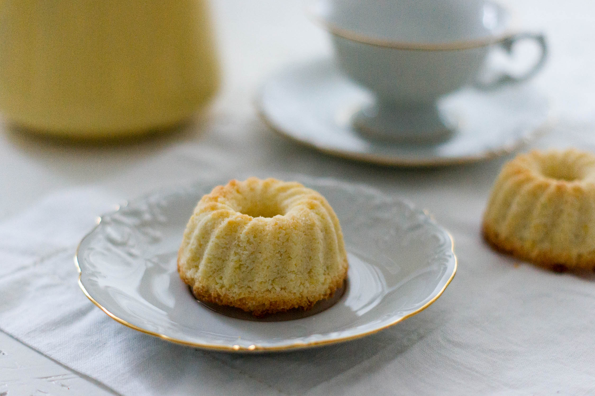 glutenfreier kokos mini gugelhupf yellowgirl der diy lifestyle blog. Black Bedroom Furniture Sets. Home Design Ideas